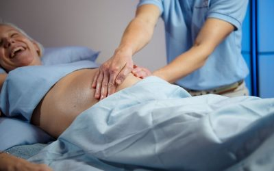 PREGNANCY MASSAGE HELPS YOU FEEL GREAT